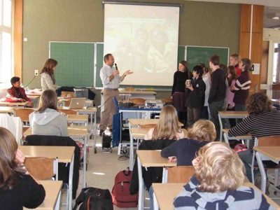 Koen teaching students